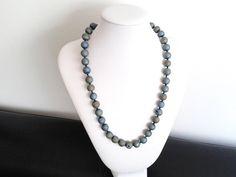 Guarda questo articolo nel mio negozio Etsy https://www.etsy.com/it/listing/488804966/collana-agata-druzy-blu-collana-perle