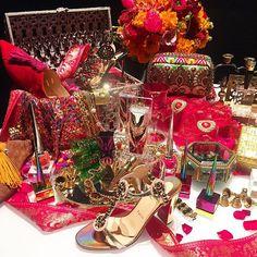 #ELLEbeauty この春クリスチャン ルブタンから#メイクアップ の新製品発売が決定インスピレーションソースは南インドの伝統舞踊カタカリ色鮮やかなメイクを施すインパクトたっぷりのダンスからルブタンが生み出したゴージャスでドラマティックなボーテコレクションに乞うご期待発売日は4月12日 #クリスチャンルブタン #christianlouboutin @louboutinworld #ellelovesbeauty #ellejapan #elle #beauty #cosme  via ELLE JAPAN MAGAZINE OFFICIAL INSTAGRAM - Fashion Campaigns  Haute Couture  Advertising  Editorial Photography  Magazine Cover Designs  Supermodels  Runway Models