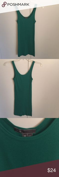 Vince tank-NWT-size XS Vince tank top-NWT-size XS. Classic ribbed tank in gorgeous green. Perfect by itself or layered. Vince Tops Tank Tops