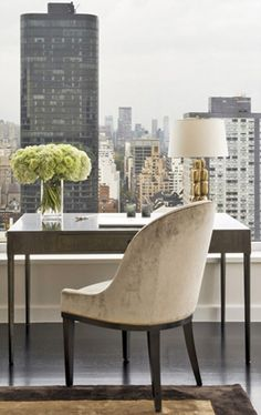 Simple and elegant home office decor | Upper East-side Manhattan - Champeau & Wilde.