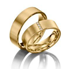 Wedding Rings 123gold Classic Line, Yellow Gold 375/-, 4 brilliant cut diamonds combined 0.04 ct.    Trauringe 123gold Classic Line, Gelbgold 375/- Breite: 6,00 - Höhe: 1,40 - Steinbesatz: 4 Brillanten zus. 0,04 ct. tw, si (Ring 1 mit Steinbesatz, Ring 2 ohne Steinbesatz)