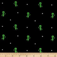 Timeless Treasures Colored Aliens Black from @fabricdotcom  Designed for Timeless Treasures, this cotton print fabric is perfect for quilting, apparel and home decor accents. Colors include black, green and white.