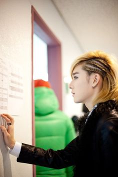 Kevin of Ukiss (: Love his hair #kpop