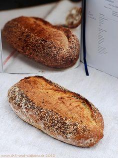 Brot mit Leinsamen und Sesam