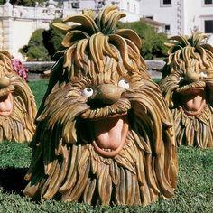 Garden Animal Statues, Gnome Statues, Garden Animals, Garden Statues, Garden Sculpture, Lion Sculpture, Garden Line, Garden Art, Garden Design