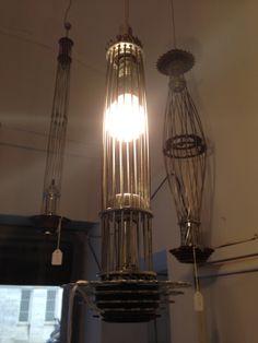 Another simple bike lamp / Otra lámpara sencilla hecha de partes de bicicletas viejas