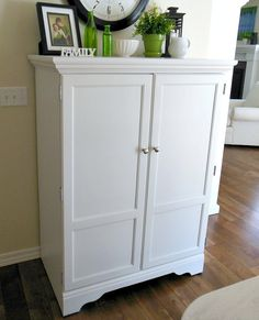 Learn how to paint laminate furniture quickly and easily from Newton Custom Interiors