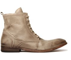 The classic Swathmore has been updated this season with a lighter shade of leather. This boot is given a casual summer lift with the use of a neutral taupe colouring. However its detailing and classic features remain with strong stitching and waxed laces. The leather lining adds to the comfort, whilst the leather sole adds to the durability. Swathmore will always see you through every weekend, but they won't be offended if they miss one!