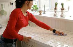 Rengøringstip: Sådan holder du støvet væk i lang tid Home Hacks, Home Organization, Organizing, Clean House, Good To Know, Cleaning, Monet, Household Tips, Home Cleaning