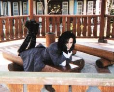 "Klaha, chilling on a bench during the filming of ""Bara no Konrei"""