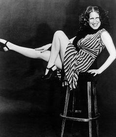 Bette Midler photo 1970