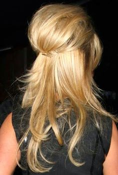 weekend hair: HOW TO DO THE BARDOT-ESQUE HALF UP / HALF DOWN 'DO