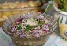 13 saláta lila hagymával, ami kevesebb, mint egy óra alatt kész | NOSALTY Veggie Recipes, My Recipes, Salad Recipes, Healthy Recipes, Hungarian Recipes, Hungarian Food, Broccoli, Potato Salad, Cabbage