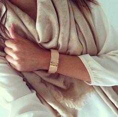 Louis Vuitton Scarf. (OOK OP WISHLIST VOOR MAMA) Mehr