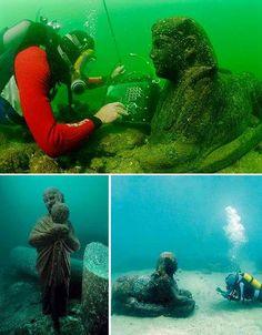 Cleopatra's Alexandria, Egypt.    Submerged Cities: 7 Underwater Wonders of the World