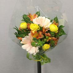 誕生日用の花束を作成しました 4161300
