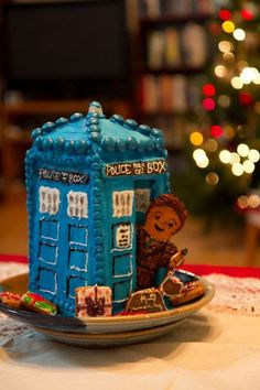 Gingerbread TARDIS.