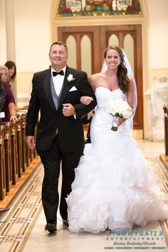 How Gorgeous Is This Bride Walking Down The Aisle With Her Dad Wedding Event Planner