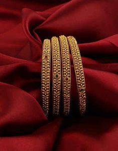 Anuradha Art Jewellery offers beautiful collection of traditional bangles in classic look. You will range of ethnic bangles in and size. To see more designs visit our website: anuradhaartjewell. Gold Bangles Design, Gold Jewellery Design, Gold Jewelry, Silver Bracelets, Bangle Bracelets, Jewelry Accessories, Necklaces, Bridal Bangles, Bridal Jewellery