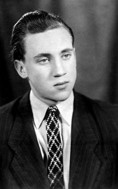 Владимир Высоцкий студент Московского инженерно-строительного института (МИСИ). 1956.