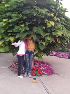 Photo Scavenger Hunt - Young Women Activities This would be so much fun before the change of time when it gets dark so check it out. Lots of fun and you can tie it into the curriculum if you are clever :)