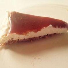 Denne kaken smakte jeg for først gang på jentetur forrige helg og dette er vel noe av den beste kaken jeg noengang har smakt!!!! Monika som lagde denne nydelige kaken delte oppskriften med meg og h… #ostakaka