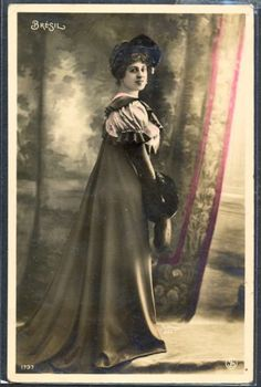 QC006 ARTIST STAGE STAR BRESIL HAT FUR MUFF Tinted PHOTO pc REUTLINGER in Collectibles, Postcards, Real Photo   eBay
