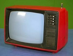 Junost - Vintage portable television set (Made in USSR) Vintage Television, Television Set, Vintage Theme, Retro Vintage, Nostalgia, Tv On The Radio, Tv Radio, Grand Budapest, Classic Toys
