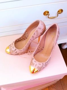 pink shoes #fashiondrop