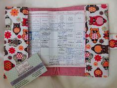 Proteja com carinho o documento do seu baby - porta cartão de vacina de corujinha