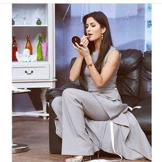 Latest photos of Katrina Kaif Hot Actresses, Beautiful Actresses, Indian Actresses, Bollywood Celebrities, Bollywood Actress, Indian Actress Photos, Katrina Kaif, Bollywood Stars, Love Her Style