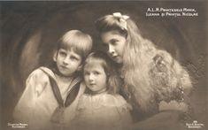 Romania Princess Maria & Ileana Prince Nicolae Royalty old photo postcard Vintage Photographs, Vintage Photos, Royal King, Modern English, Grand Duke, English Royalty, Photo Postcards, Queen Victoria, King Queen