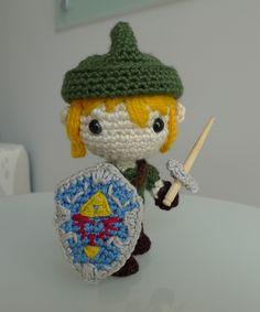 Sword and shield for Link, Zelda, Nintendo, #crochet, free pattern, amigurumi, stuffed toy, #haken, gratis patroon (Engels), schild en zwaard, #haakpatroon