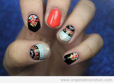 Déco sur ongles motif tribal