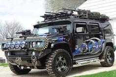 Jeep - the best vehicle for the zombie apocalypse. Hummer H2, Hummer Truck, Zombie Survival Vehicle, Bug Out Vehicle, Survival Mode, Survival Tips, Cool Trucks, Cool Cars, Weird Cars