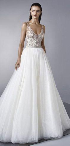 Enzoani 2018 classic princess-style wedding dress