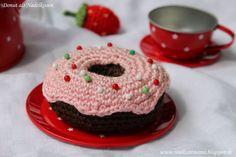Donut häkeln als Nadelkissen oder für die Puppenküche / Kinderküche