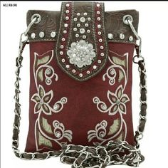 Beautiful Bling Western Style Purse Can be used as a Messenger bag, Clutch & Cross body purse. Rustic Couture Bags Crossbody Bags