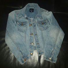 Jean Jacket Snap button front; blue denim GAP Jackets & Coats Jean Jackets
