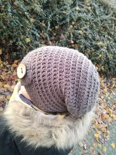 Jak jsem slíbila, tak plním. I když s nekolikadenním zpožděním. Bacil mne nějaký bacil a musím se přiznat, že mi stále není zrovn... Winter Hats, Crochet Hats, Beanie, Stitching, Fashion, Knitting Hats, Costura, Fashion Styles, Fabric Sewing