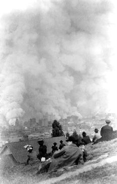 1906 San Francisco earthquake: First pictures & reports made while the fires were still burning the city - #earthquake #naturaldisaster #1906earthquake #sanfrancisco #history #homeschooling #californiahistory #fires #historic #disaster #clickamericana