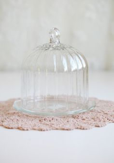 I've always wanted one of these. :) Glass Bell Jar, The Bell Jar, Glass Domes, Glass Jars, Bell Jars, Cloche Decor, Cake Dome, Plate Stands, Apothecary Jars