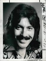 1974 Press Photo Singer Tony Orlando, Pop Music, Wind, Tony Orlando And Dawn