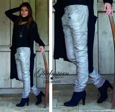 Tessa Tapered silbergrau trägt sich lässig und hat gleichzeitig eine stylishe Note.  http://www.gluecksstern.de/Hosen/Tessa-Tapered/Tessa-Tapered-silbergrau.html  #GSgluecksstern #mode #fashion #love #pants #grey #girl #shooting #photooftheday #day #monday #photography #old #shoes