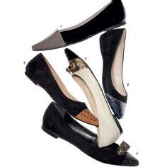 Pedraria, glitter e tachas atualizam a sapatilha de bico fino. Eleja o modelo para acompanhar vestidos fluidos e calças cropped, dois hits da estação. O bico estreito cria o efeito de pernas mais longas.