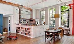 Je vous emmène à New York dans le quartier de Tribeca à la découverte d'un loft (un peu) rustique et (surtout) bohème.