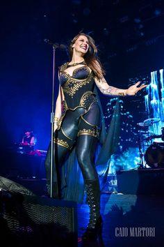 Nightwish Decades world tour. How Exactly Do Septic Tanks Work? Ladies Of Metal, Metal Girl, Female Guitarist, Female Singers, Alissa White, Women Of Rock, Symphonic Metal, Rock Festivals, Goth Women