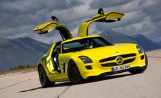 2012 Mercedes-Benz SLS AMG E-Cell