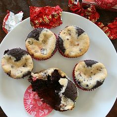 Chocolate covered cherry cream cheese cupcakes for Valentine's Day (and gluten-free!)