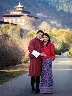 """Au Bouthan : Le """"roi dragon"""" Jigme Khesar Namgyel Wangchuck et son épouse la reine Jetsun Pema."""